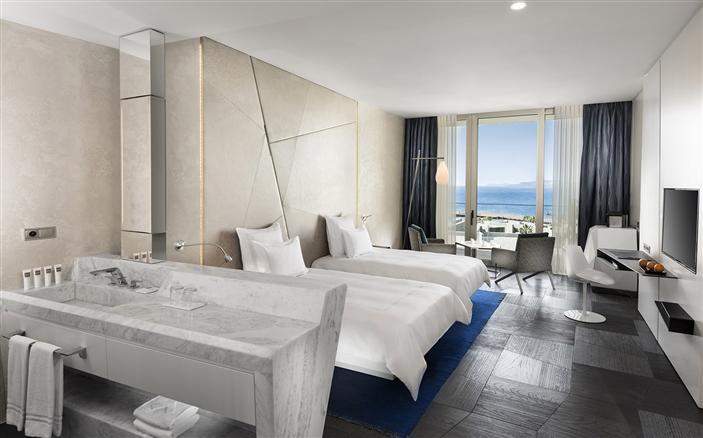 Swiss Select Sea View Room