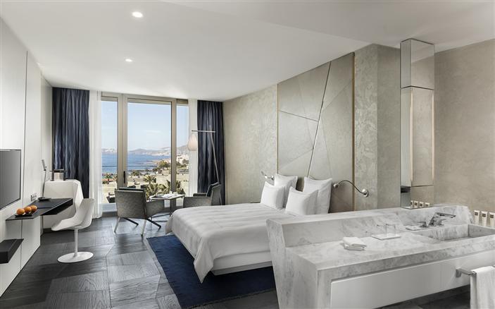 Swiss Select Sea View Room2