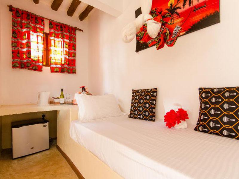 Luxury room2