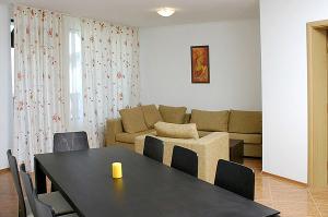 Apartment 1 Bedroom (4)