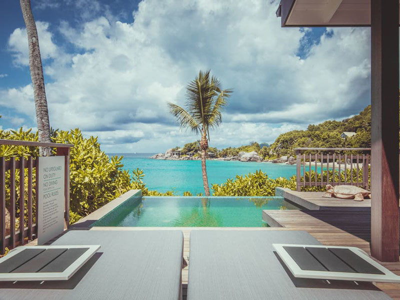 Oceanview Chalets-pool7