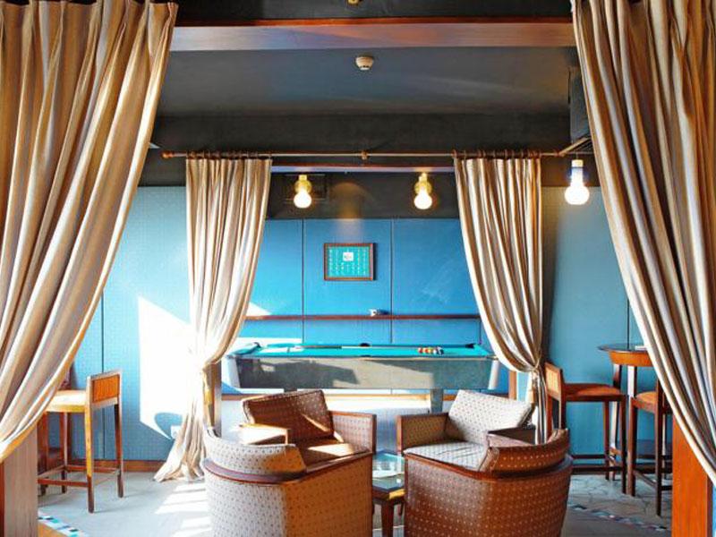 4Hulhule Island Hotel (6)