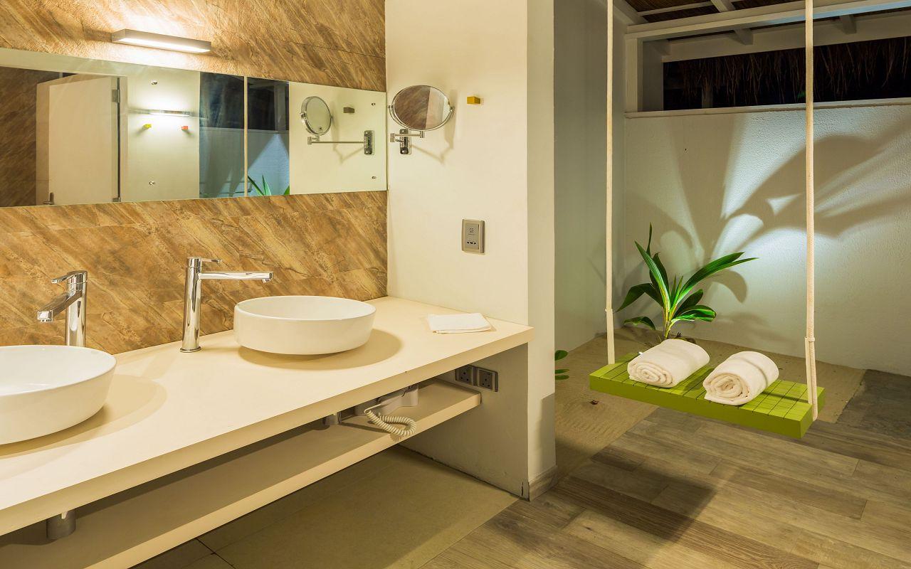 Beach Villa Toilet