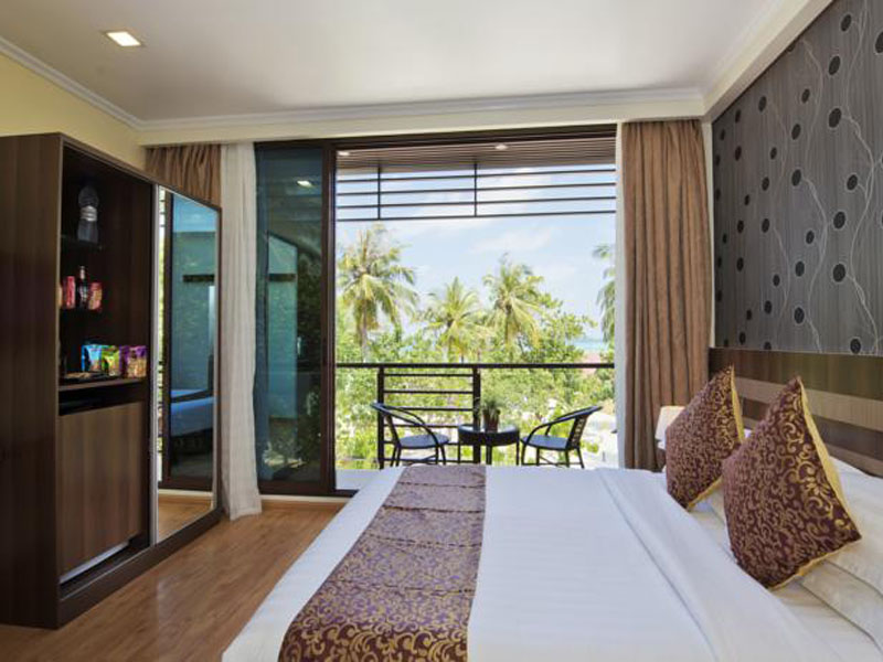 Deluxe Double Room with Balcony & Sea View2