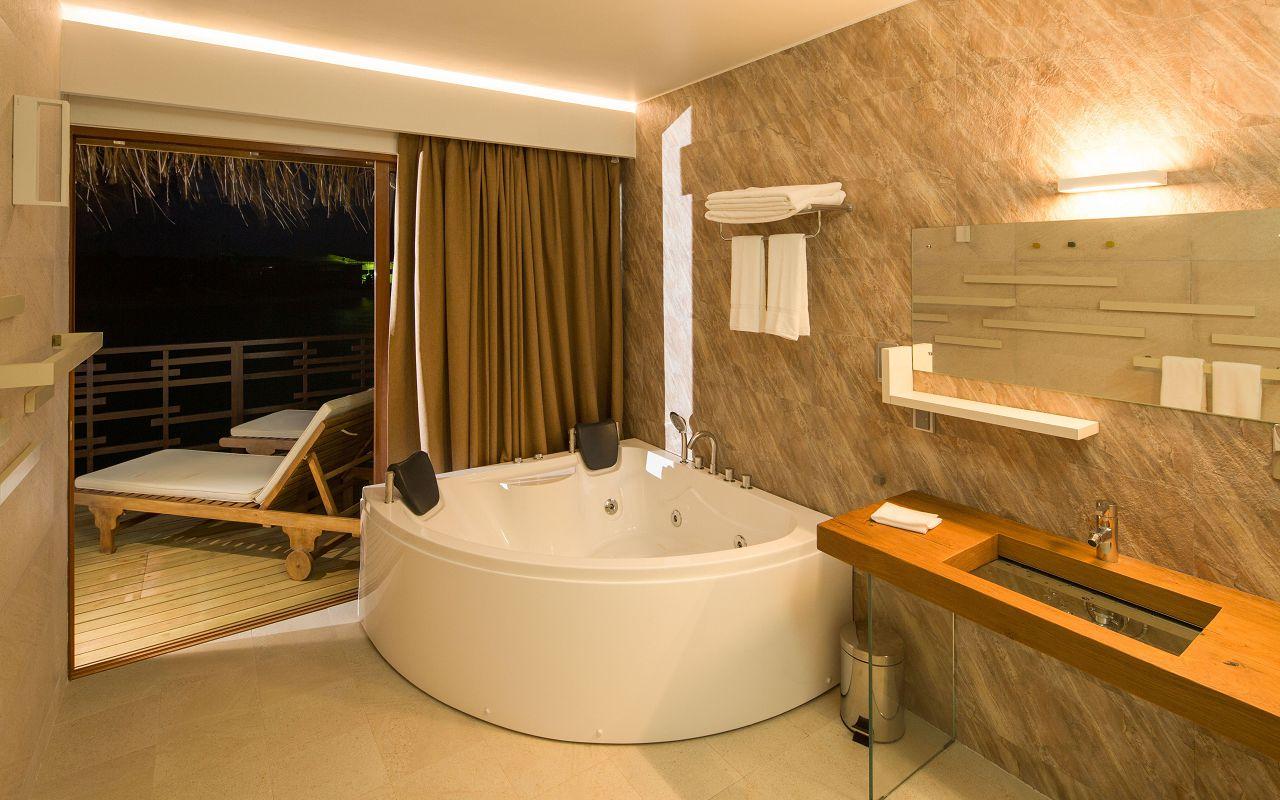 Lagoon Suite (6)