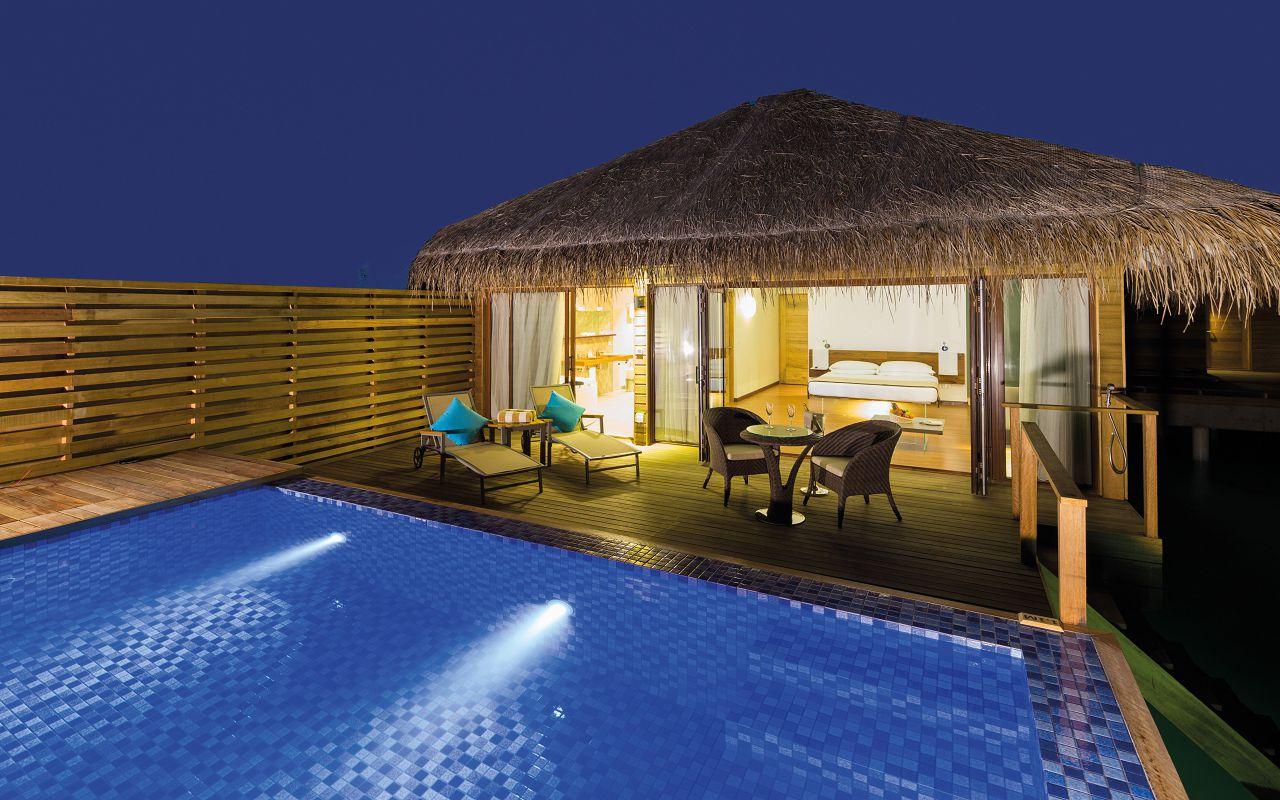 Lagoon Suite Pool-017