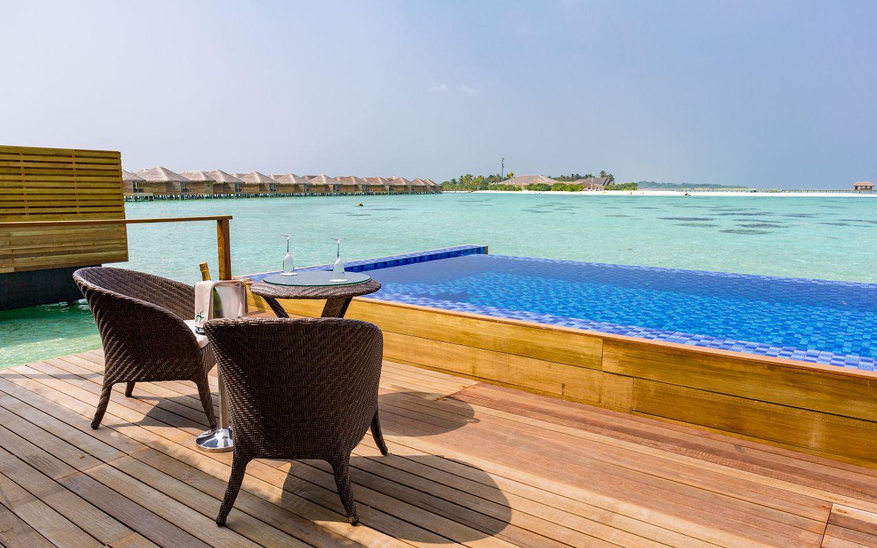 Lagoon Suite Pool-024