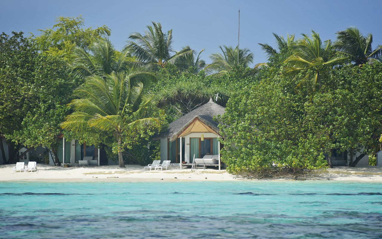 SFI-HRES-Safari_Island_Beach_Bungalow1