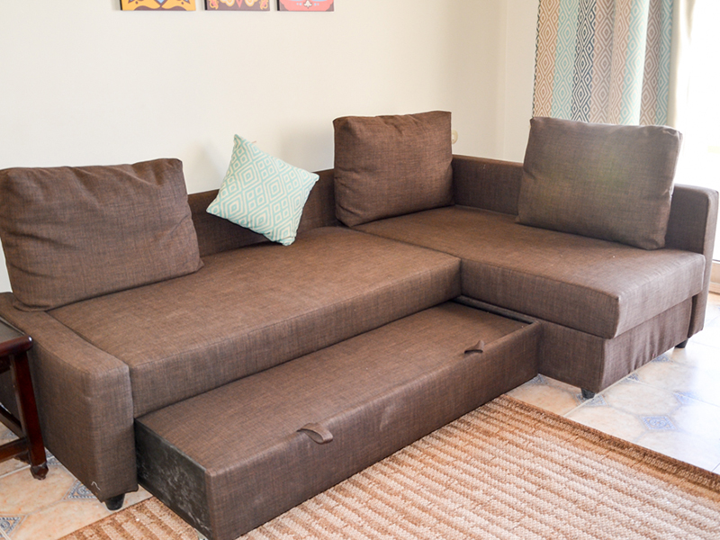 Family Room ex bed 11