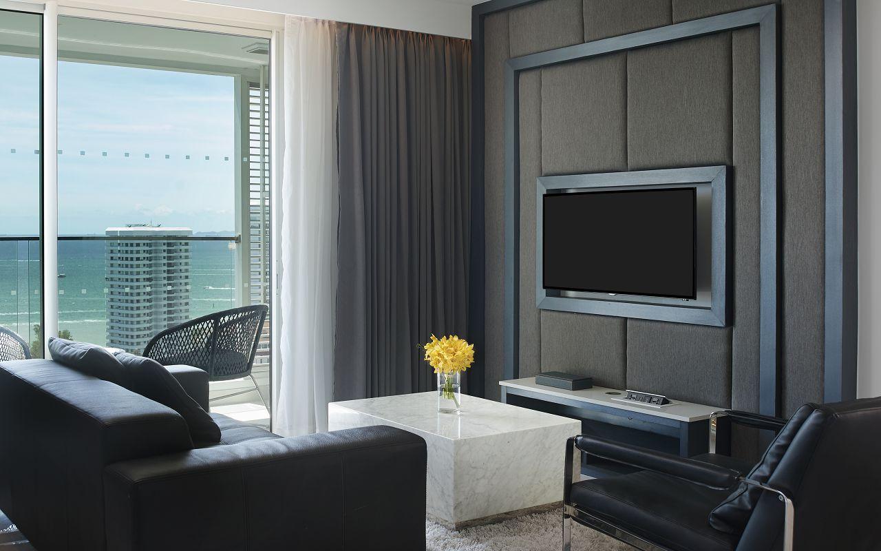 Amari Residences Pattaya_One Bedroom Corner Suite Ocean Facing Living Room