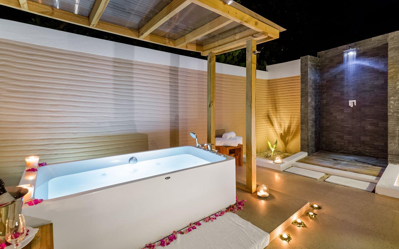 Beach Villa Open Bathroom