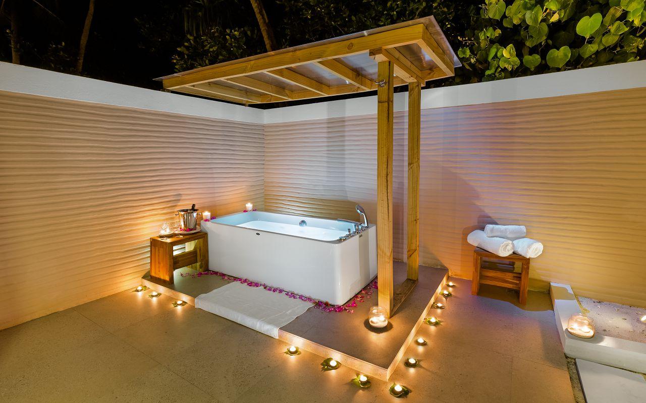 Beach Villa Open Bathroom (2)
