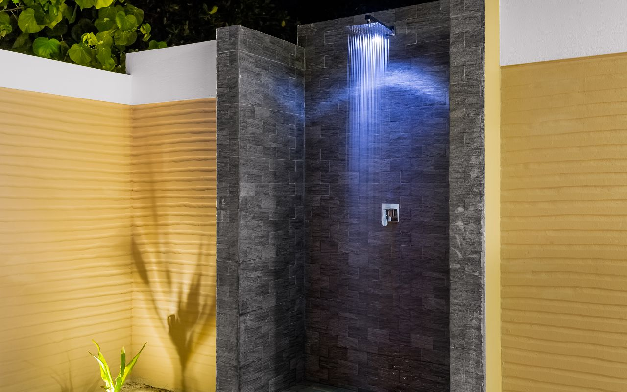 Beach Villa Open Bathroom (3)