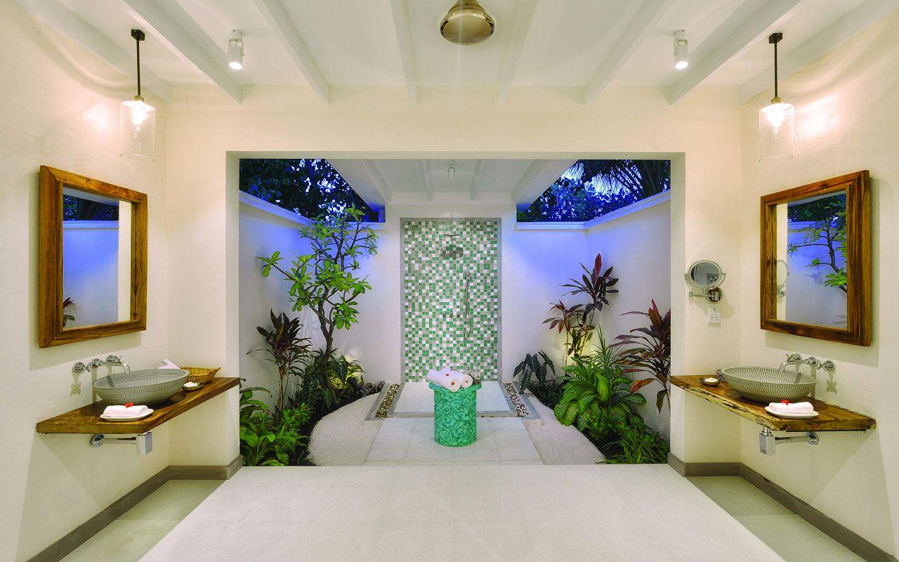 DBV Bathroom View 01