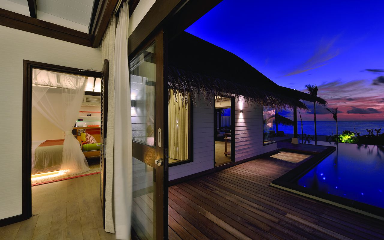 EARTH FAMILY POOL SUITE - INTERIOR 02 - OZEN BY ATMOSPHERE AT MAADHOO MALDIVES