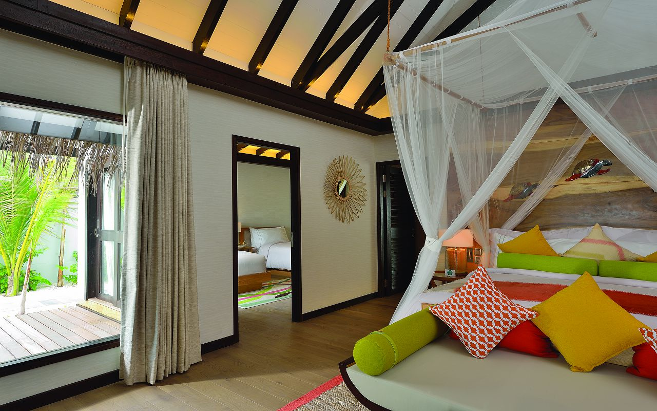 EARTH FAMILY POOL SUITE - MASTER BEDROOM INTERCONNECTING DOOR - OZEN BY ATMOSPHERE AT MAADHOO MALDIVES
