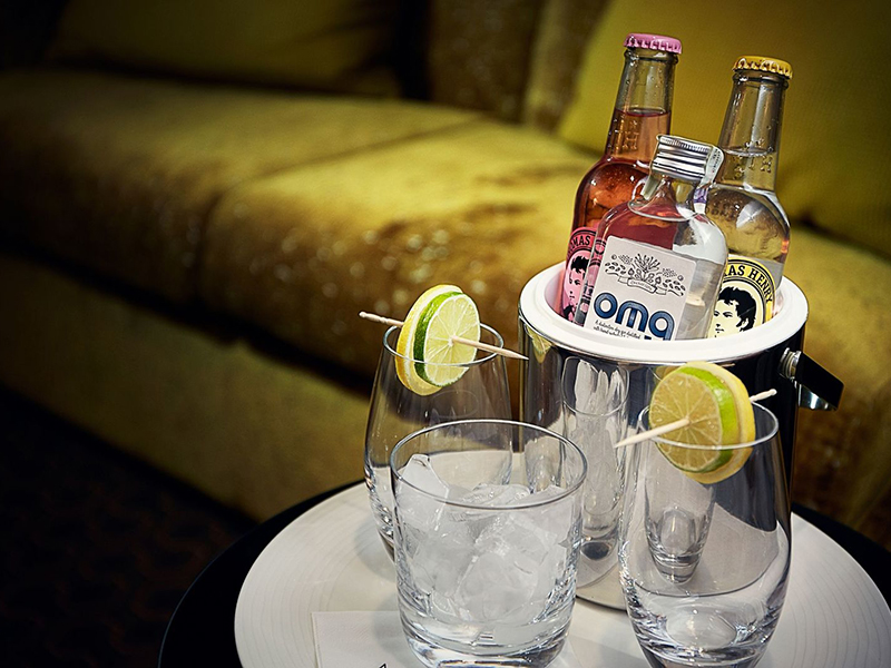 Gin & Tonic Suite3