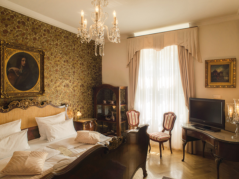 Historical suite4