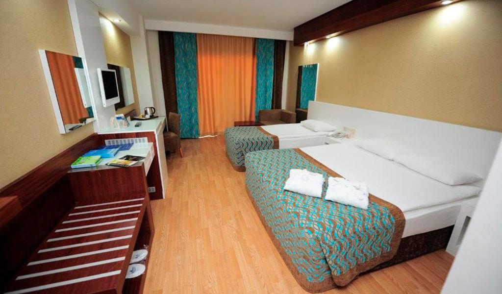 Sea View Standard Room4