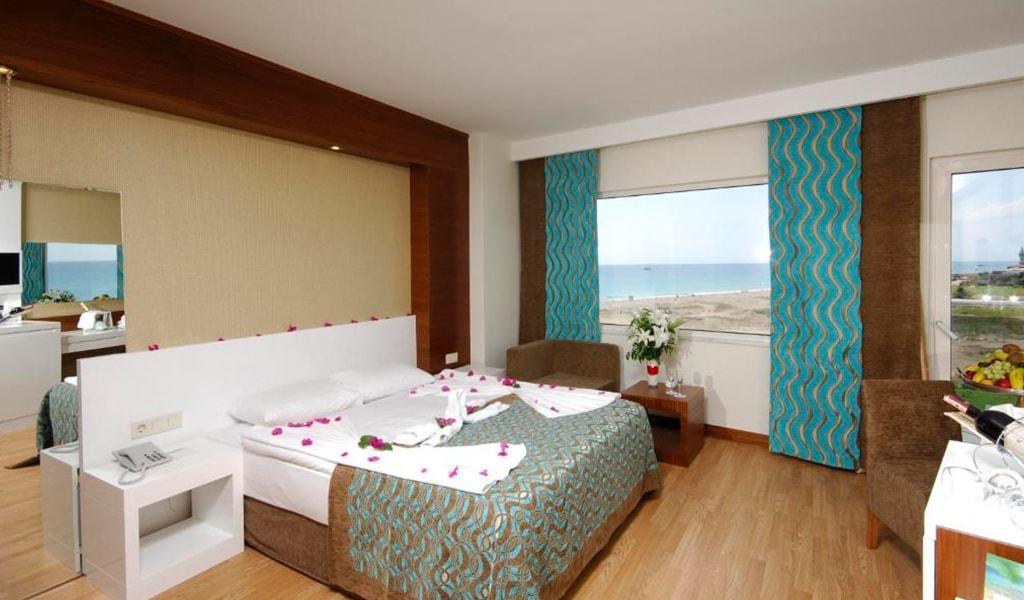 Side Sea View Standard Room