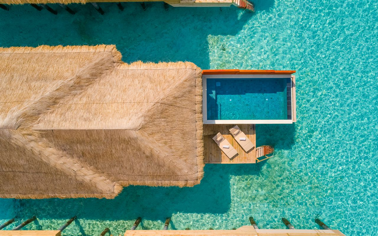 Water Villa with Pool (4)