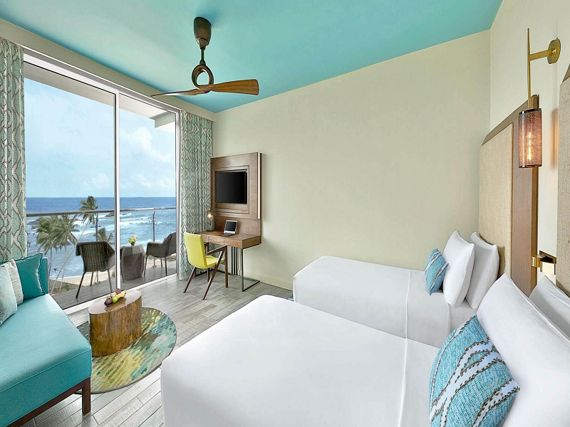 deluxe-ocean-view-twin-bed-1