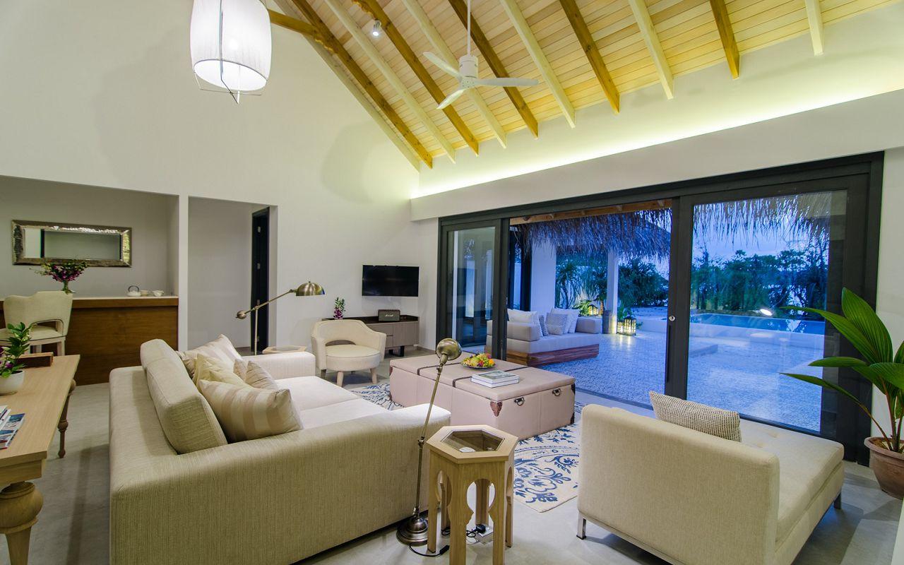 2 Bedroom Beach Pool Villa (6)