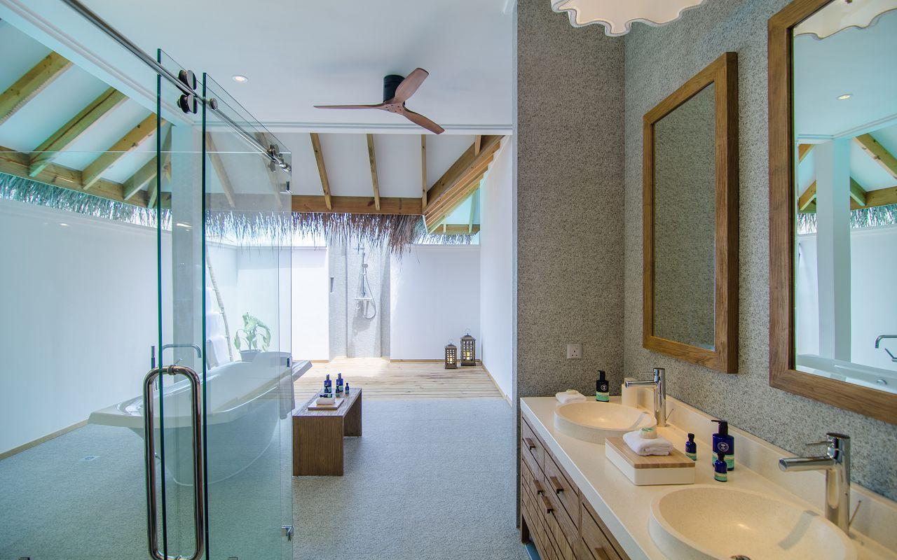 2 Bedroom Ocean Pool Villa (7)