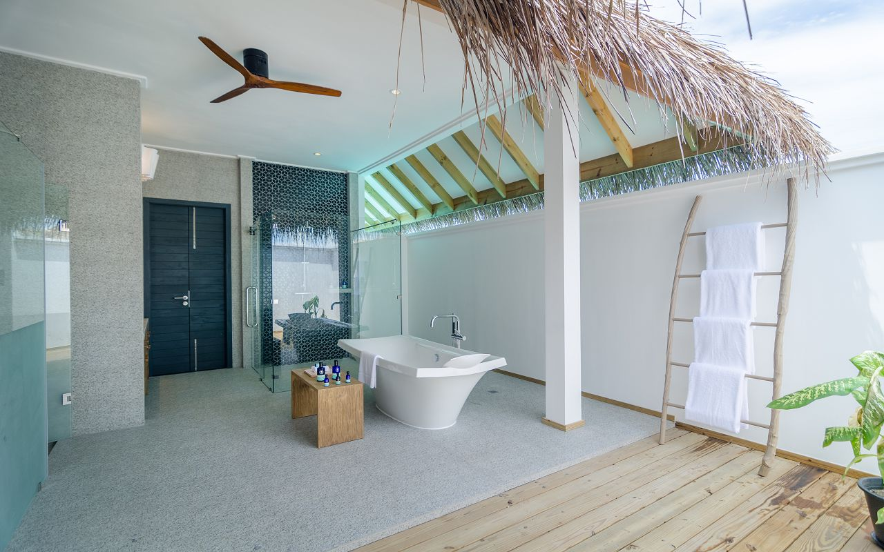2 Bedroom Ocean Pool Villa (8)