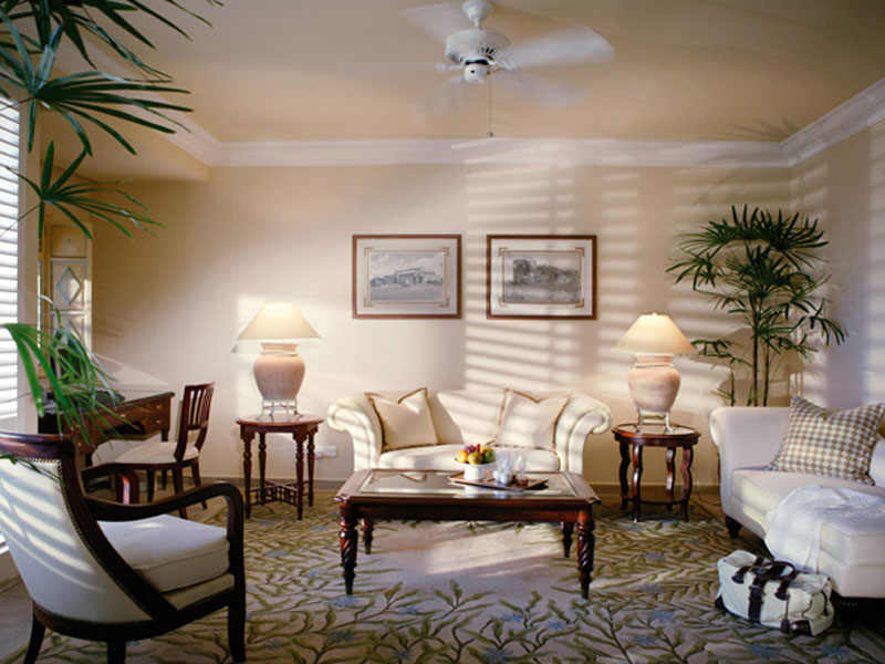 Colonial Ocean Front Suites1
