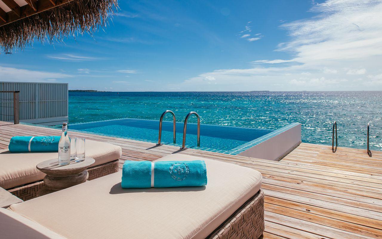 finolhu-maldives-ocean-pool-villa-pool