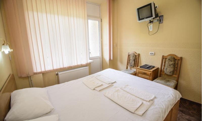 горная тиса стандарт с 2-спальной кроватью (1)