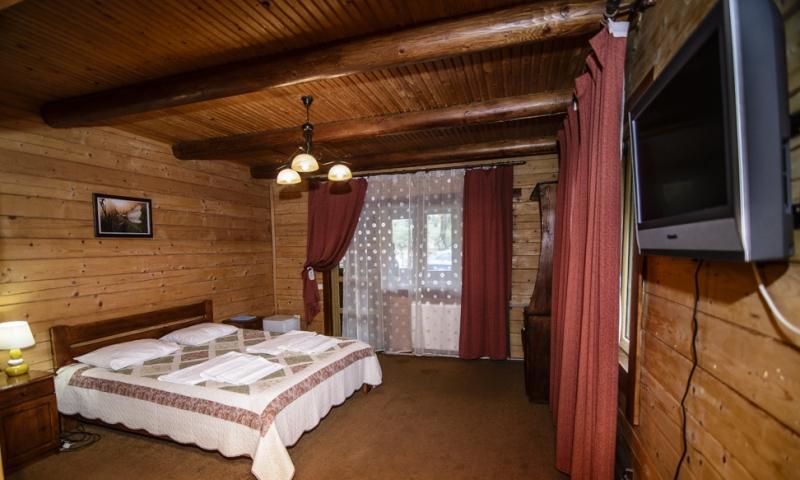 горная тиса водограй стандарт с 2-спальной кроватью (3)