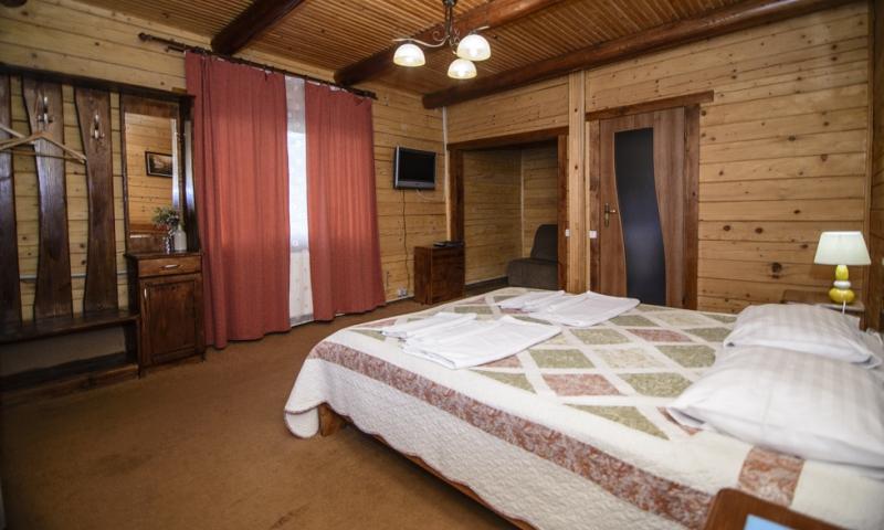 горная тиса водограй стандарт с 2-спальной кроватью (4)