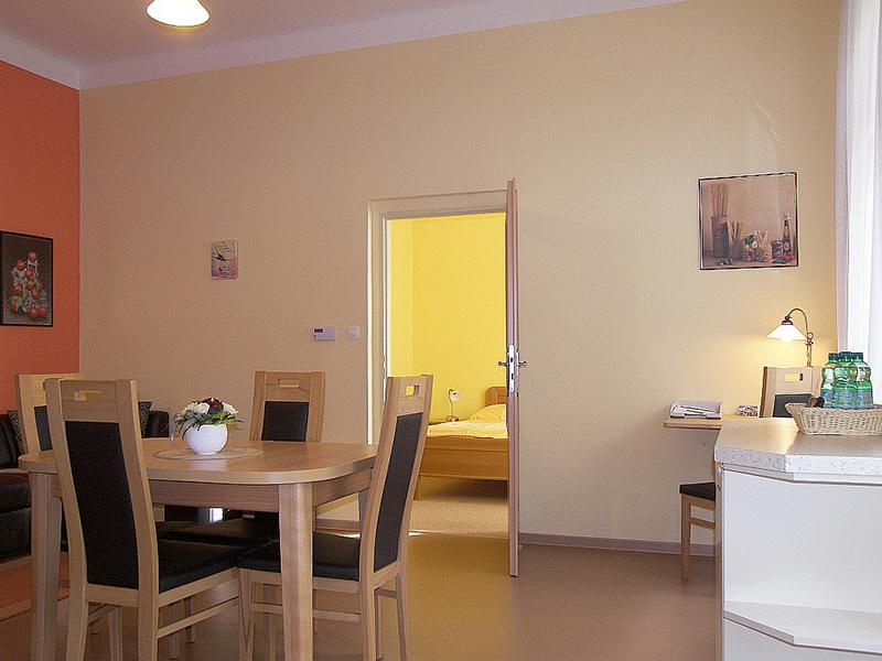 Apartments 3-5