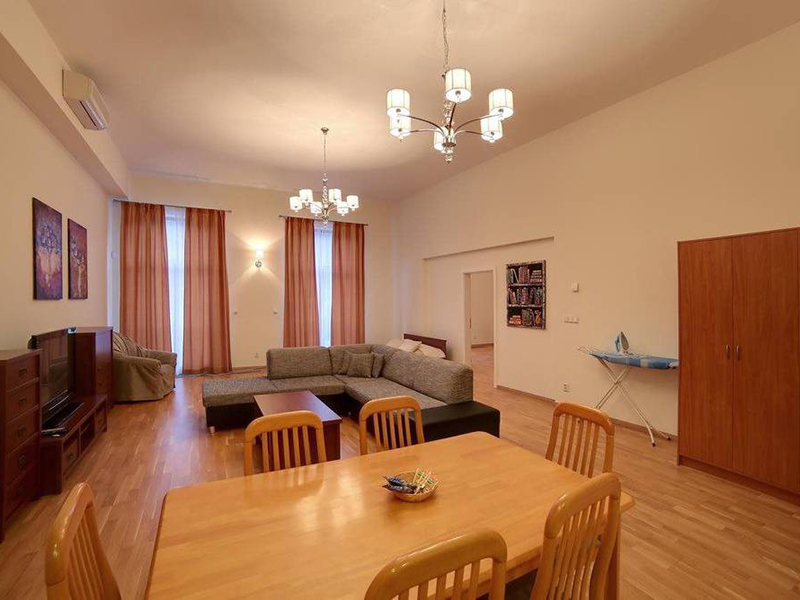 ONE BEDROOM APARTMENT LUX