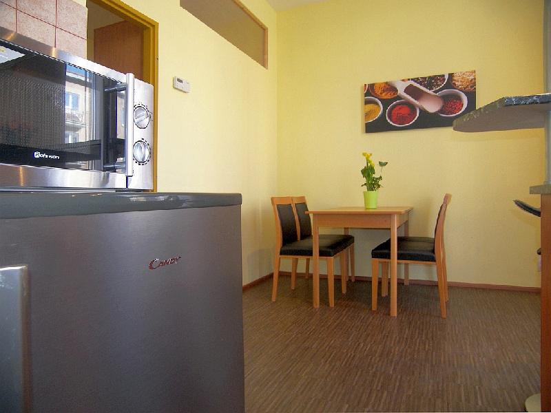 Small Apartment Apartment 4