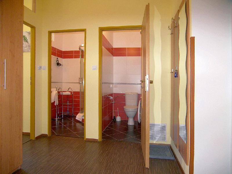Small Apartment Apartment 45