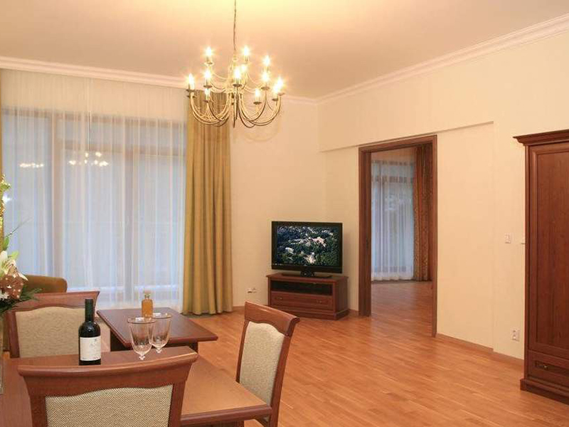 TWO BEDROOM APARTMENT LUX
