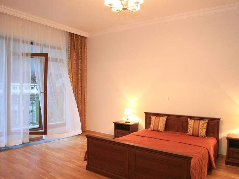 TWO BEDROOM APARTMENT LUX3