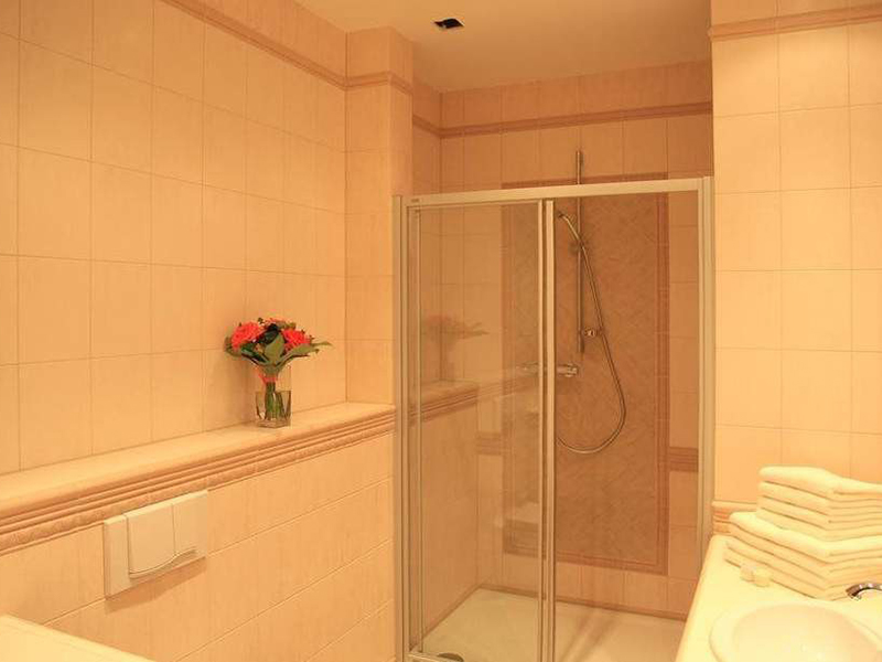 TWO BEDROOM APARTMENT LUX6