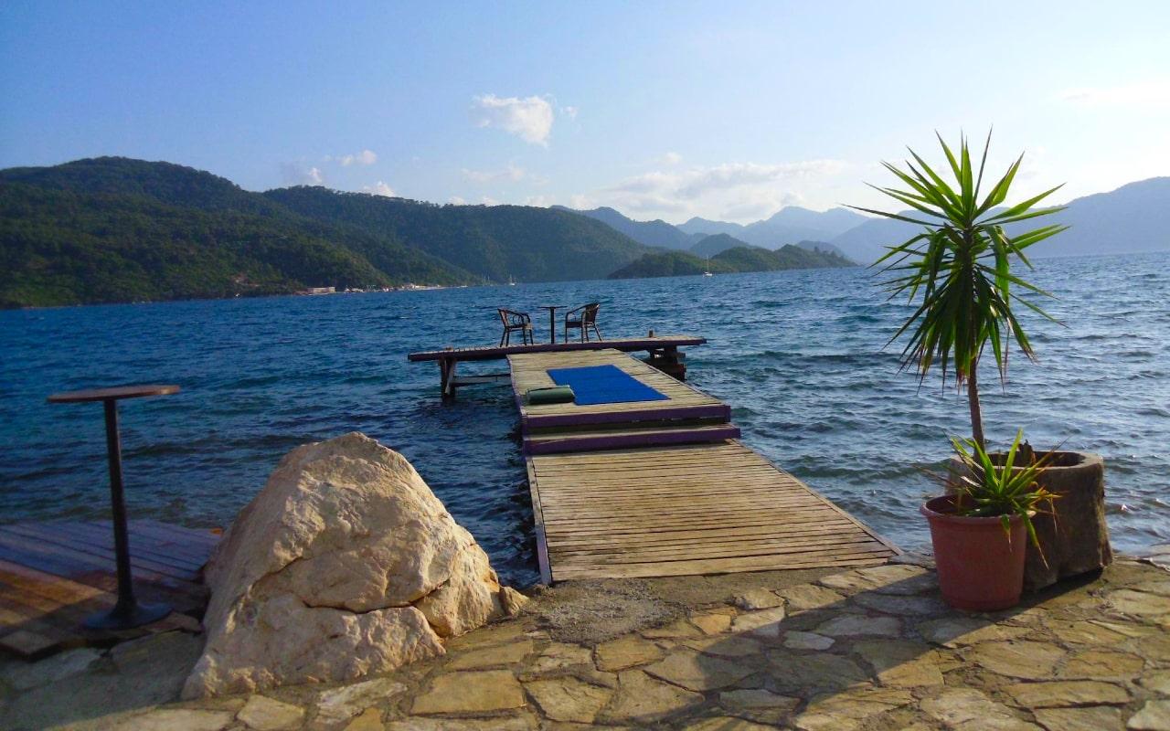 beach-min