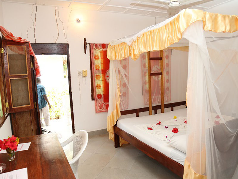 4The Nungwi Inn (6)
