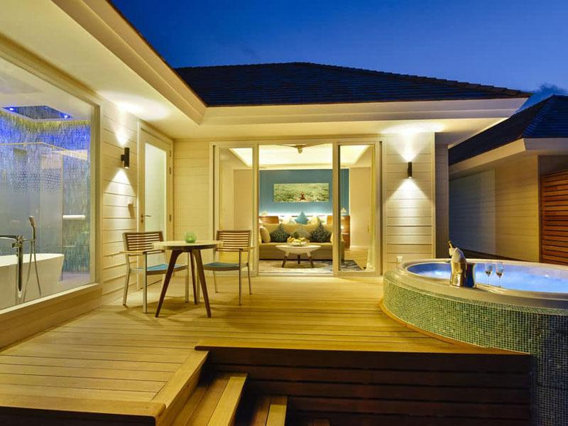 Aqua Villa with Jacuzzi (5)