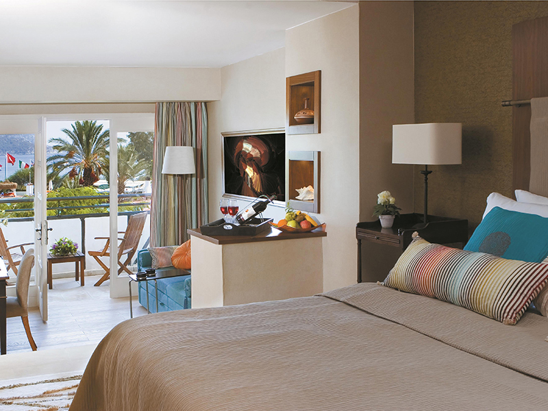 Sea-View Deluxe Rooms2