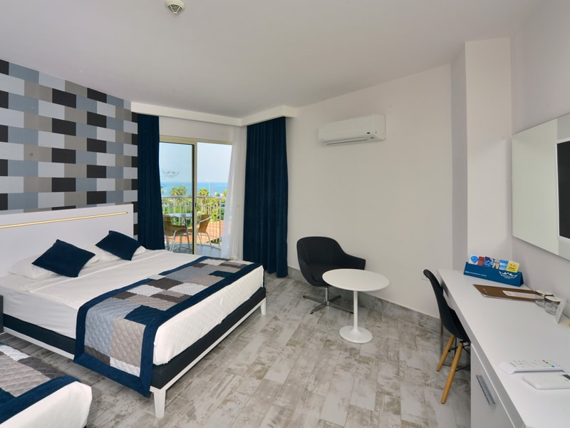 Smartline White City Beach Hotel (62)