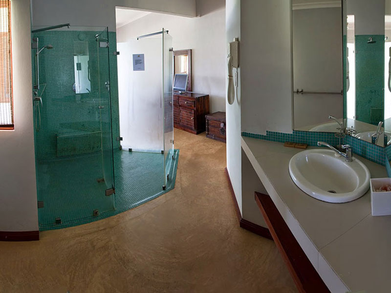 Anse-soleil-beachcomber-Premier-Rooms-Bathroom