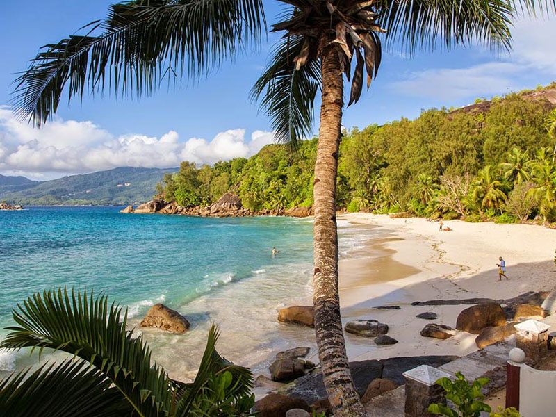 Anse-soleil-beachcomber-Seaview-from-Standard-Rooms