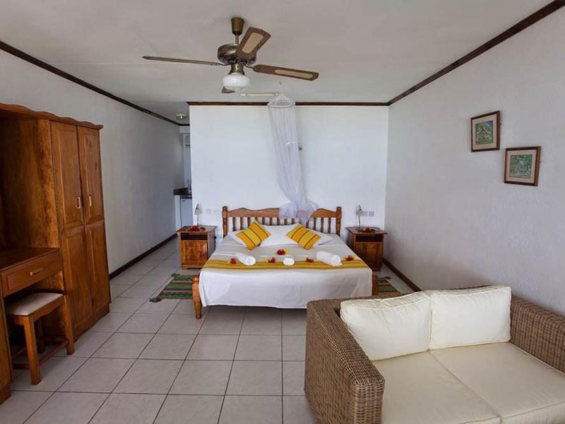 Anse-soleil-beachcomber-Superior-Rooms