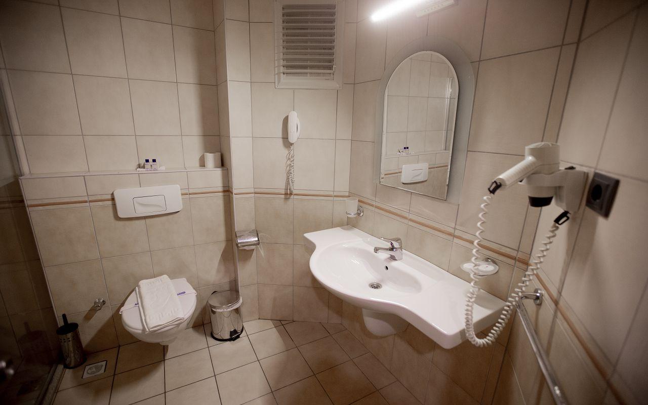 Fatih Hotel (2)